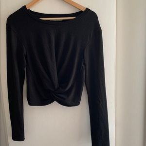 Wilfred - Cropped Knotted Top